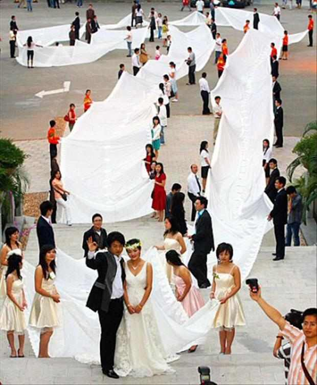 16 Vestidos de novia que no deberían existir