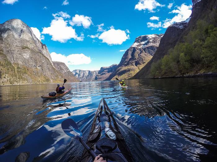 fiordos noruegos Kayak