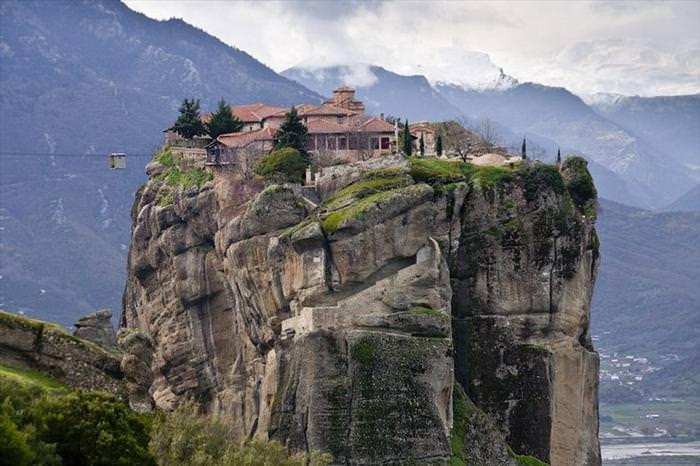 5 Impresionantes Monasterios Inaccesibles Para Visitantes