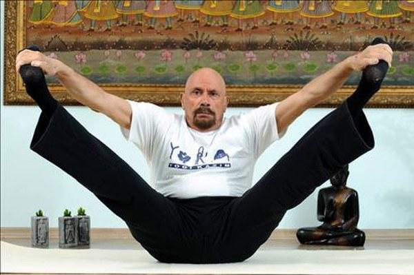 95 años yogui