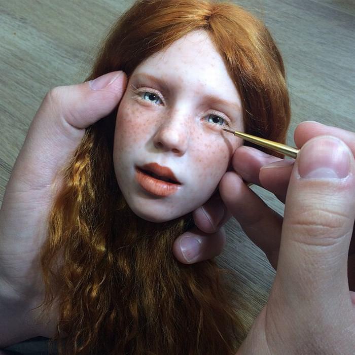 ¿Podemos Convencerte De Que Estas Figuras Son En Realidad Muñecas?