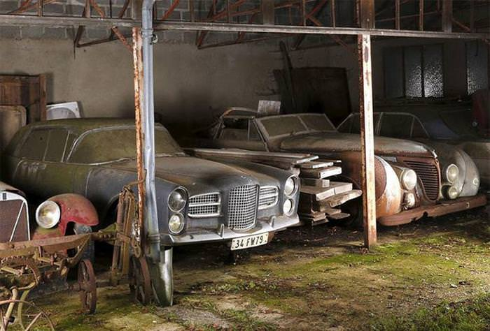60 coches escondidos