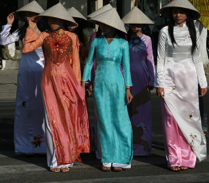 vestido femeninos tradicionales