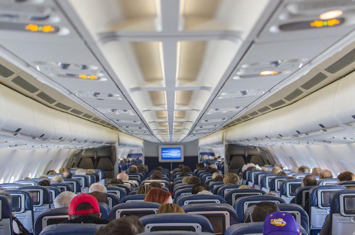 7 cosas no hacer en aviones