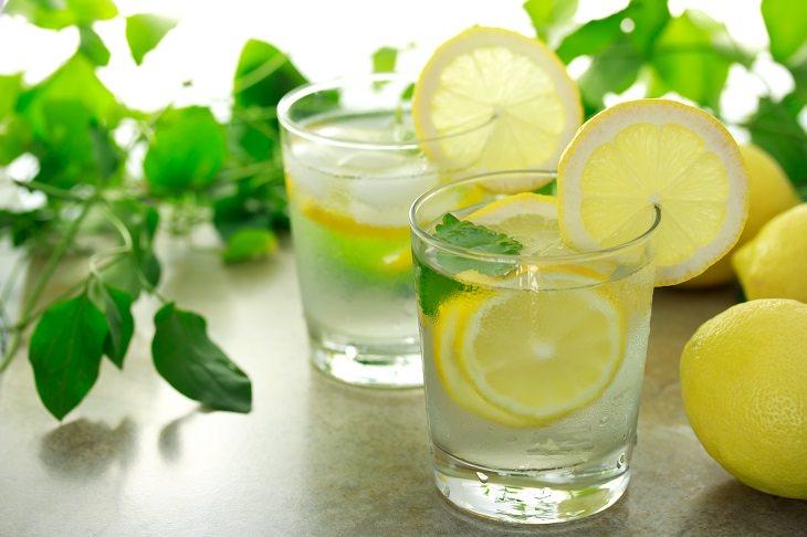 agua con limón restaurantes