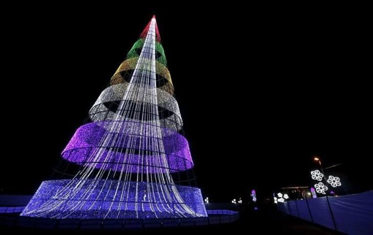 13 espectaculares árboles de navidad