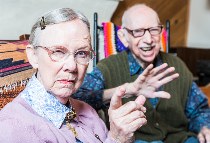 chiste: pareja ancianos