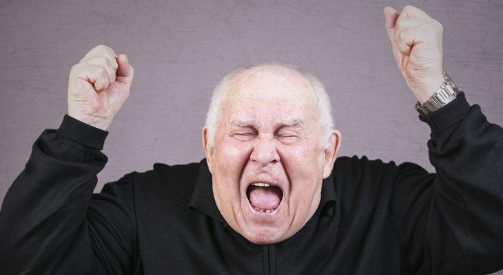 chiste anciano y novia