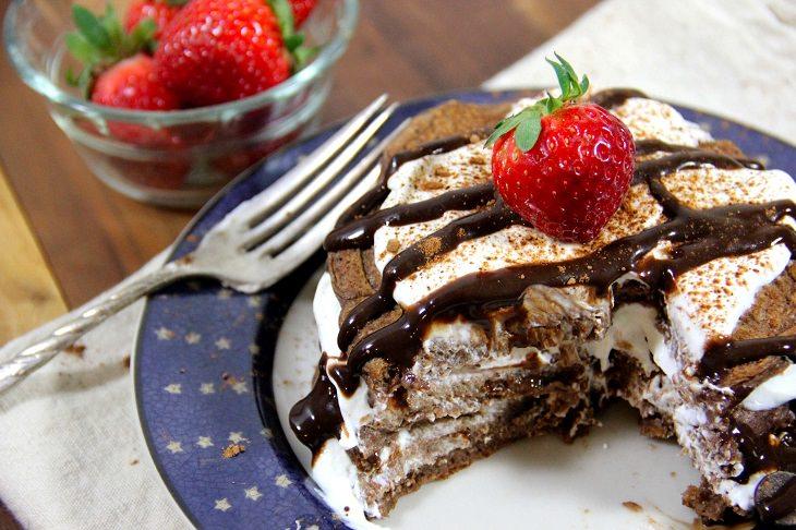 pasteles llenos de proteínas