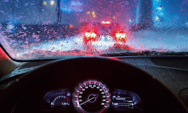 chiste coche tormenta