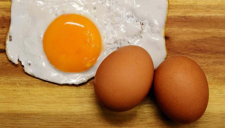 desayunar huevos