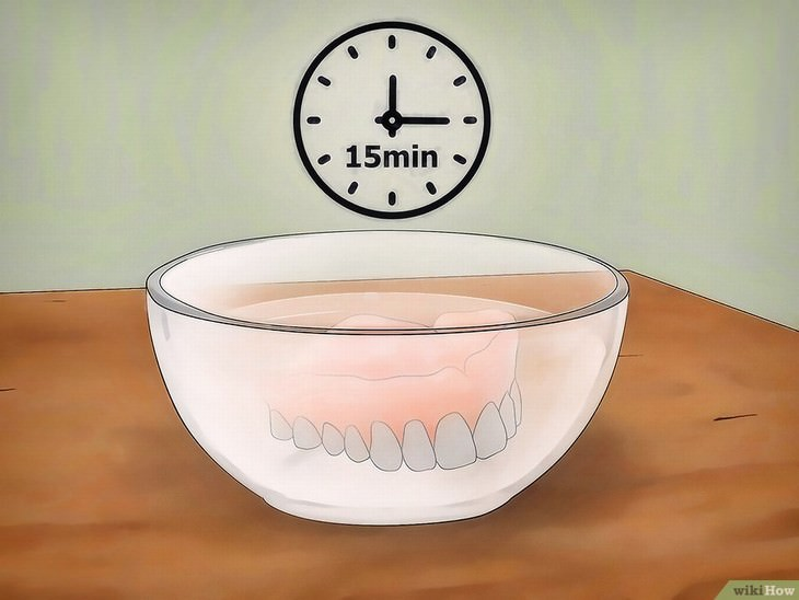 limpiar dentura postiza con vinagre