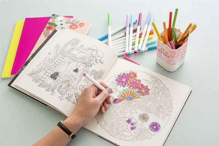 Colorear: arte terapéutico adultos