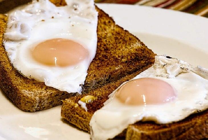 huevos cocinados