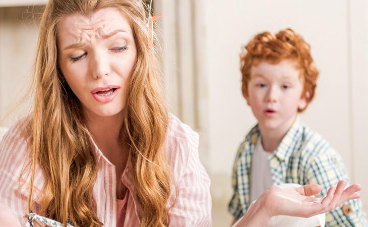 chiste: el niño y ruidos habitación padres