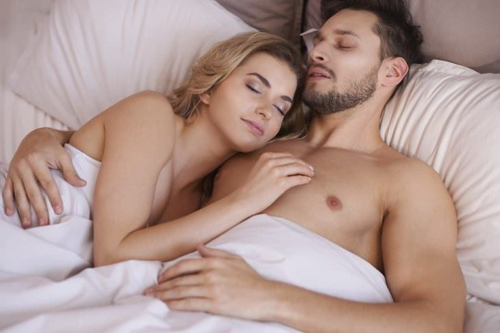 razone para Dormir desnudos