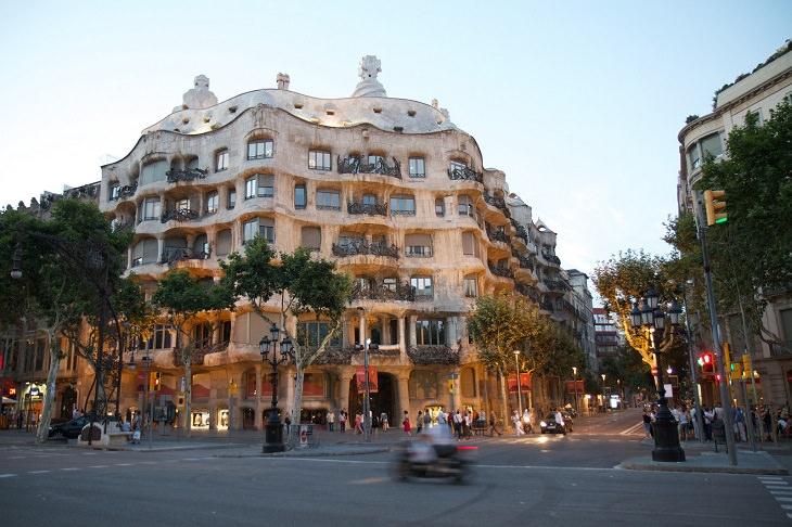 10 hermosos edificios