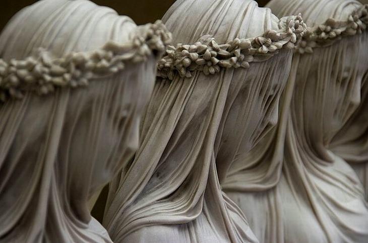 estatuas misterios