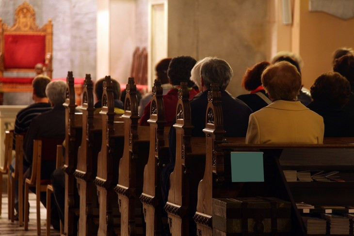 cosas que no debes hacer en misa