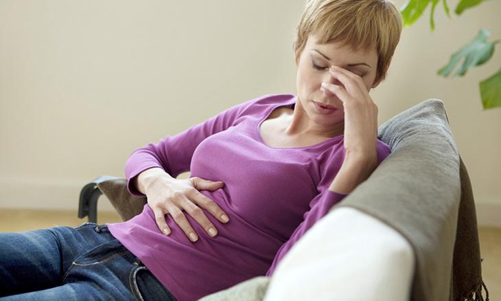 15 síntomas cáncer ignorados por mujeres