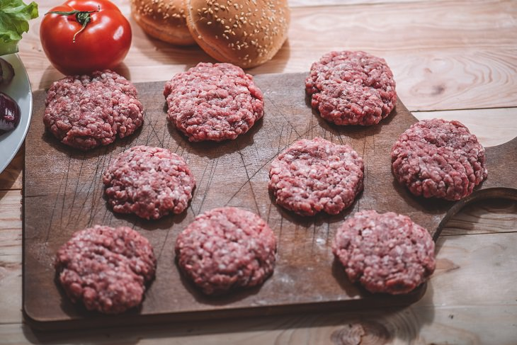 hamburguesas enemigas sal