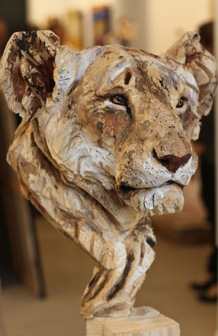 Artista esculturas Motosierra Madera