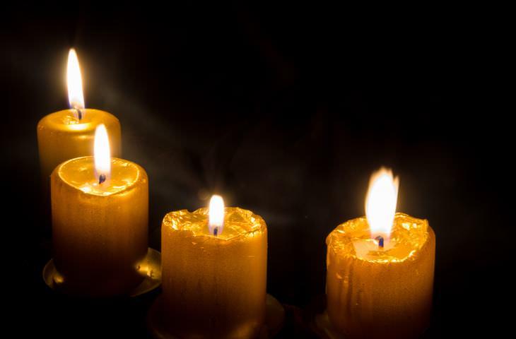 Historia de las 4 velas