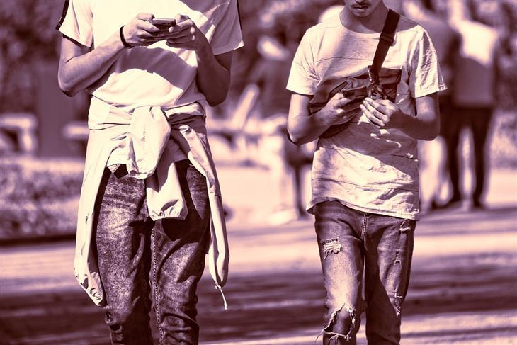 causas calentamiento teléfono móvil celular