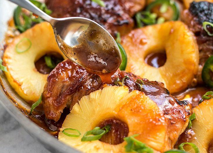 Delicioso  Pollo A La Piña Con Pimiento Picante