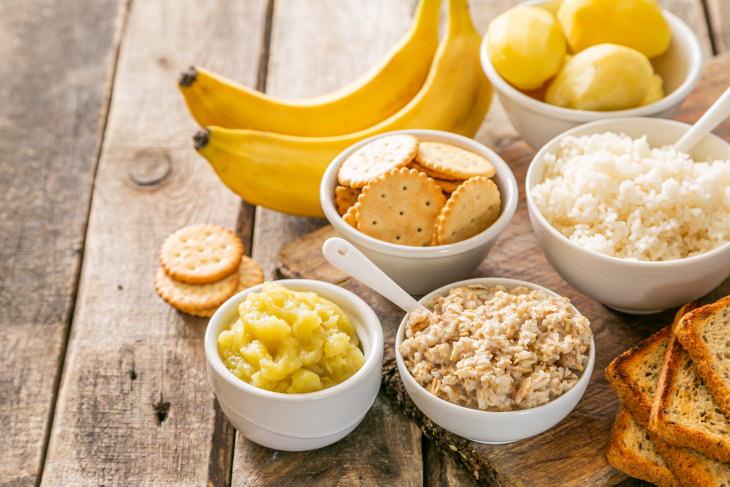 comidas combatir nausea dieta BRAT