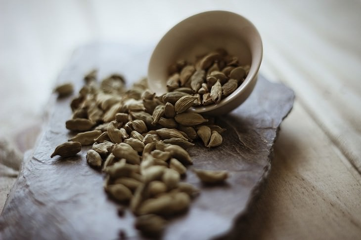 beneficios cardamomo