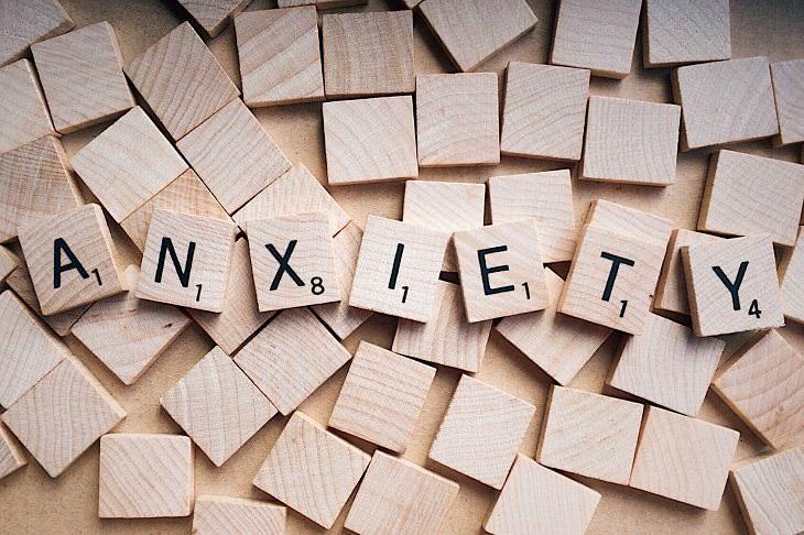 Dolor Severo De Estómago aliviar ansiedad