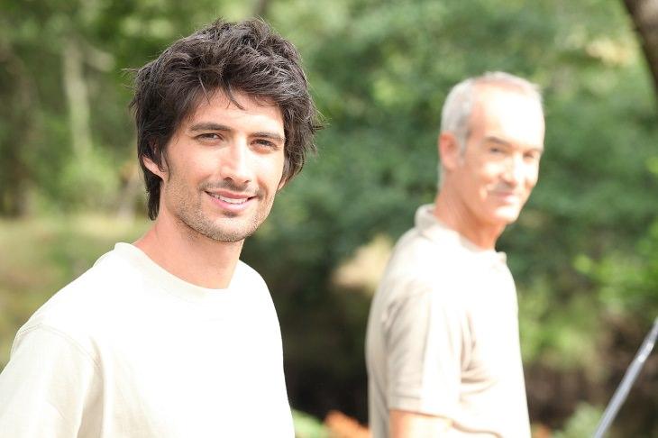 Cuentos Sobre La Familia Cortos: Padre E Hijo.
