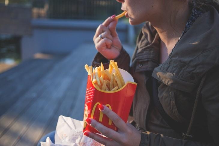 Los 10 Alimentos Más Adictivos papas fritas