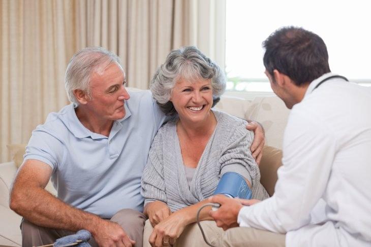 La presión arterial moderadamente alta puede ser realmente beneficiosa para algunos