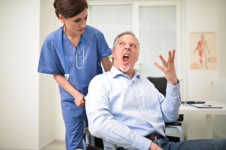 Chiste Un Paciente Enojado