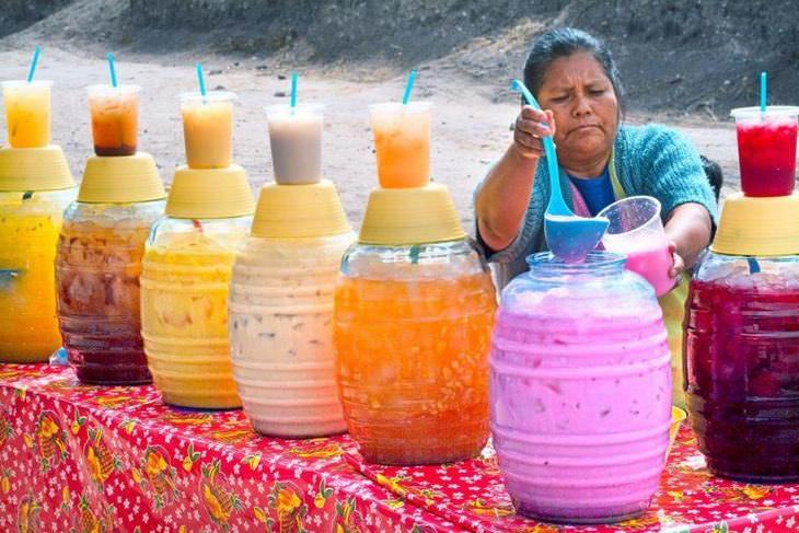Agua De Horchata Rosa