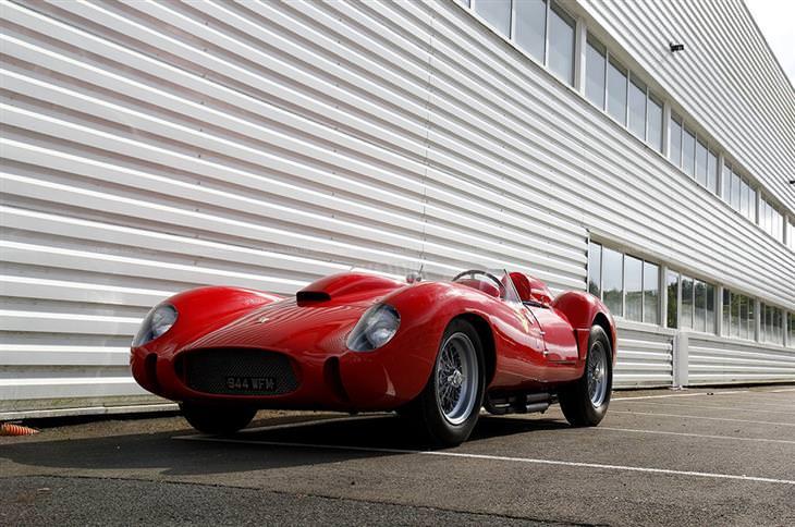 Autos Ferrari