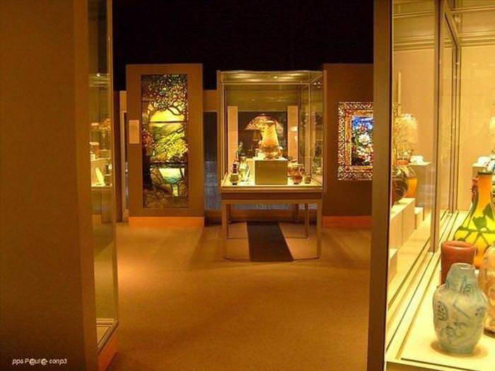 Museo De Cristal