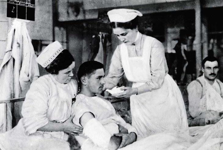 inventos segunda guerra mundial Tejidos de papel y toallas sanitarias