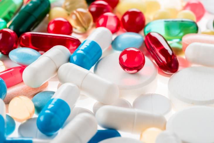 Uso De Medicamentos Para Dolor De Espalda y Cuello