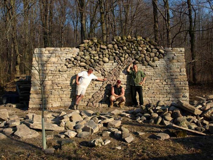 árbol de piedra: historia de amor y devoción