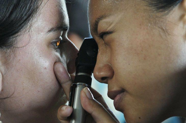 Estudio de la vista a tiempo puede predecir otros problemas de salud