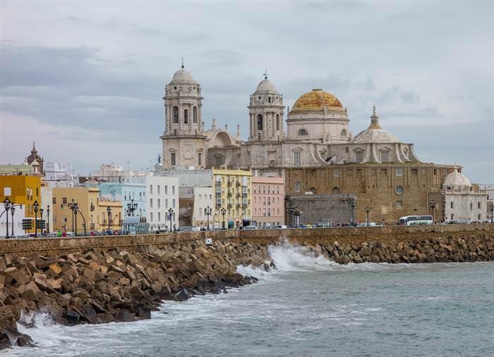 Ciudades Antiguas Cádiz España en la actualidad