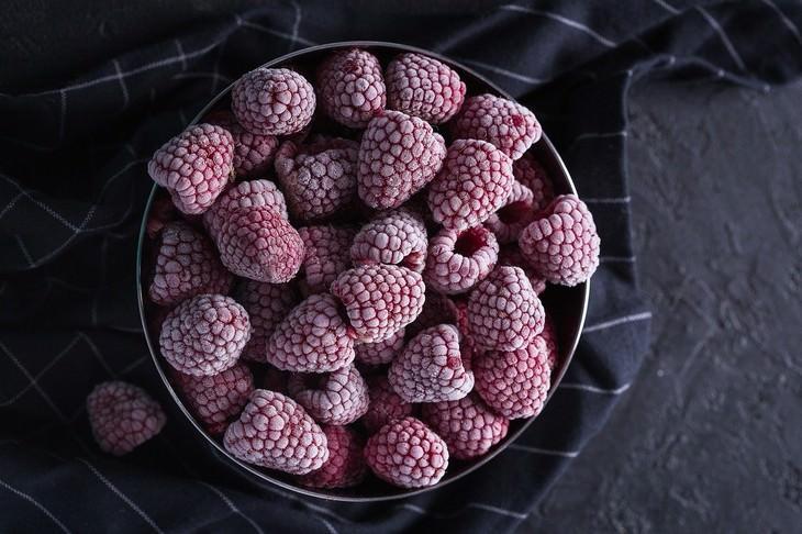 comida caducada que no debes tirar Frutas y Verduras Congeladas