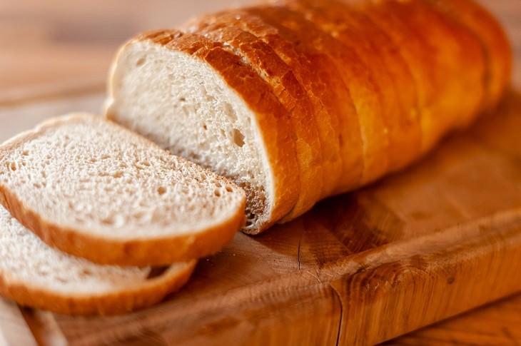 comida caducada que no debes tirar pan