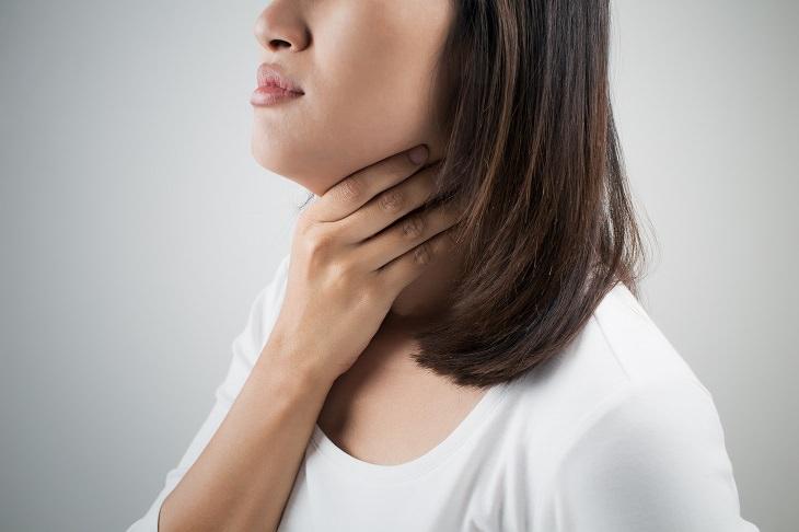 causas de la boca seca dolor de garganta