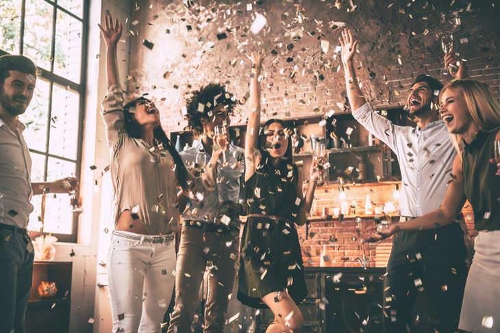 El Confetti de Times Squareestá literalmente hecho de sueños y deseos