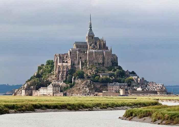 Castillos Medievales Mont Saint Michel, Francia