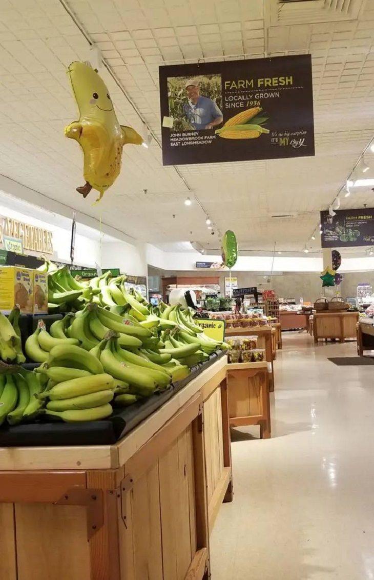 Estos Supermercados Te Sorprenderán Con Su Innovación globos para frutas y verduras